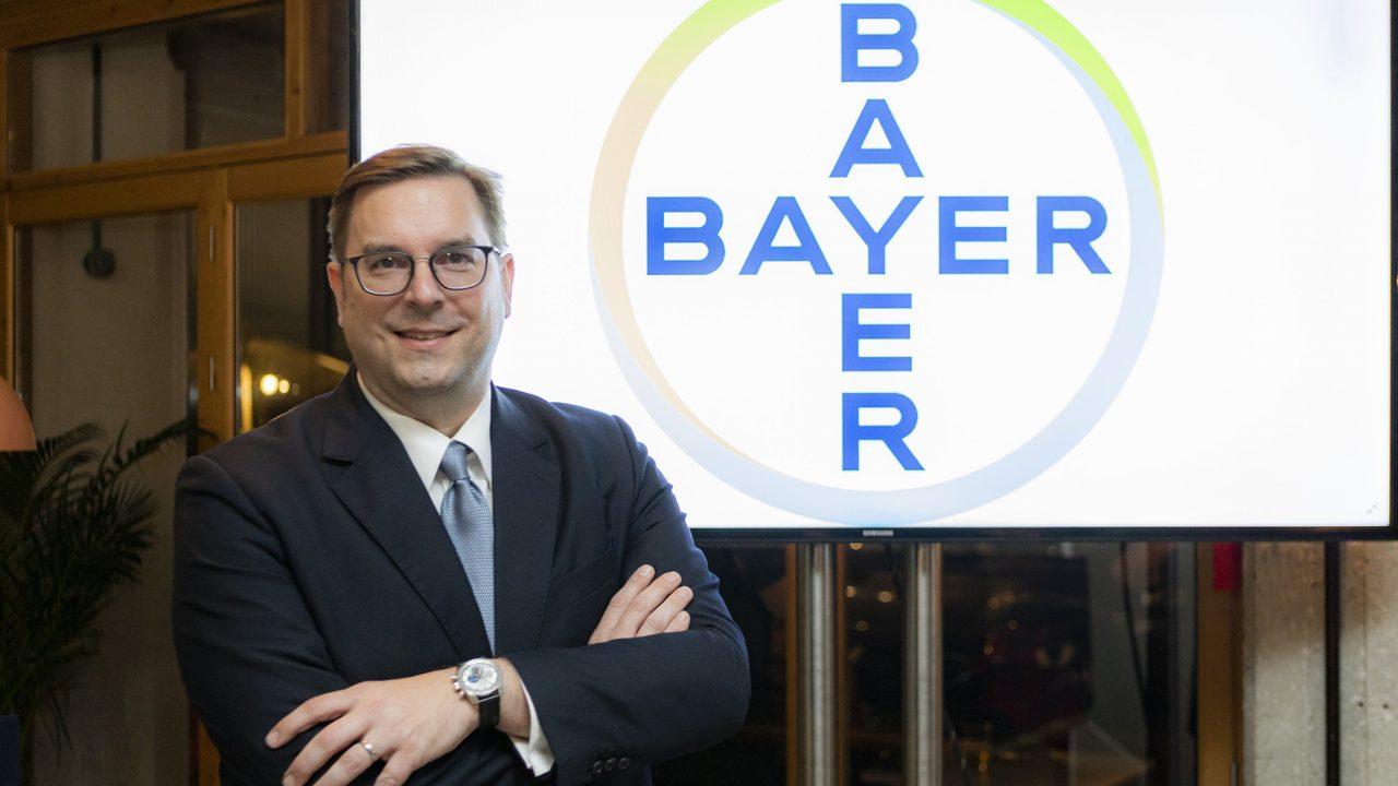 Bayer – Andreas Pollner: Yποστηρίζουμε την Ελλάδα στον μετασχηματισμό της