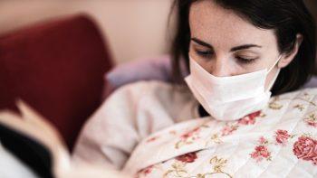 Κορωνοϊός – Ασθενείς: Ποιες μέρες είναι πιο μεταδοτικοί και επικίνδυνοι για τους γύρω τους