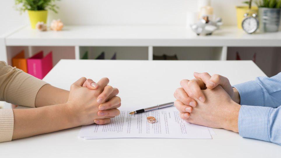 Το διαζύγιο μπορεί να έχει άμεσες αρνητικές επιπτώσεις στη σωματική και ψυχική υγεία