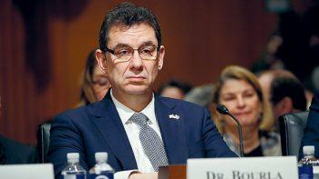 Αλβέρτος Μπουρλά (Pfizer): Δεν είμαστε σίγουροι αν κάποιος που έχει εμβολιαστεί θα μπορεί να μεταδώσει την Covid