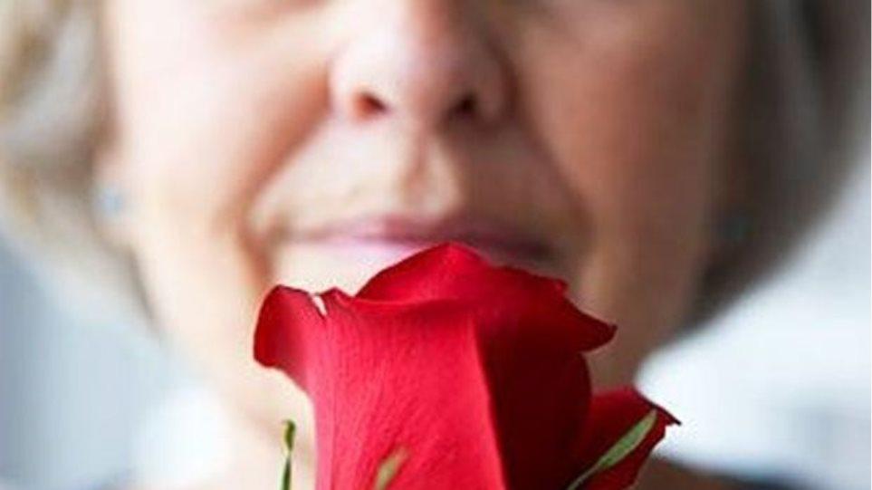 Το 86% των ασθενών με ήπια συμπτώματα κορωνοϊού αναφέρουν απώλεια όσφρησης!