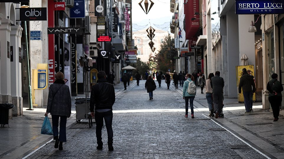 Lockdown: Τα «κρούσματα των εορτών» θα κρίνουν τη διάρκεια των αυστηρών μέτρων