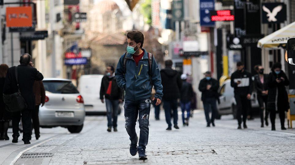 Κορωνοϊός: Πονοκέφαλος για τους λοιμωξιολόγους το κέντρο της Αθήνας – Αυξάνονται τα τοπικά lockdown