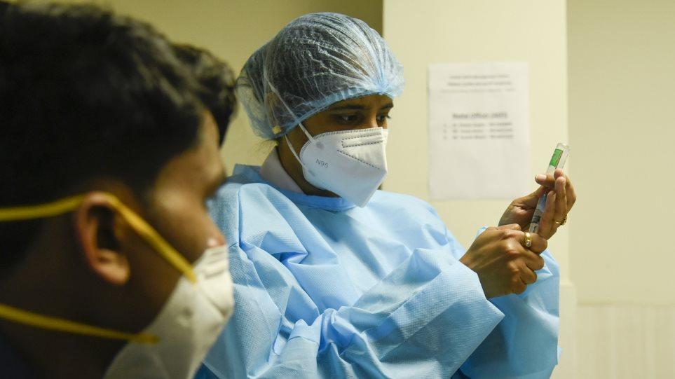 «Κόλαφος» ο ΠΟΥ: «Καταστροφική ηθική αποτυχία» ο… διαγκωνισμός για το ποιες χώρες θα πάρουν πρώτες το εμβόλιο