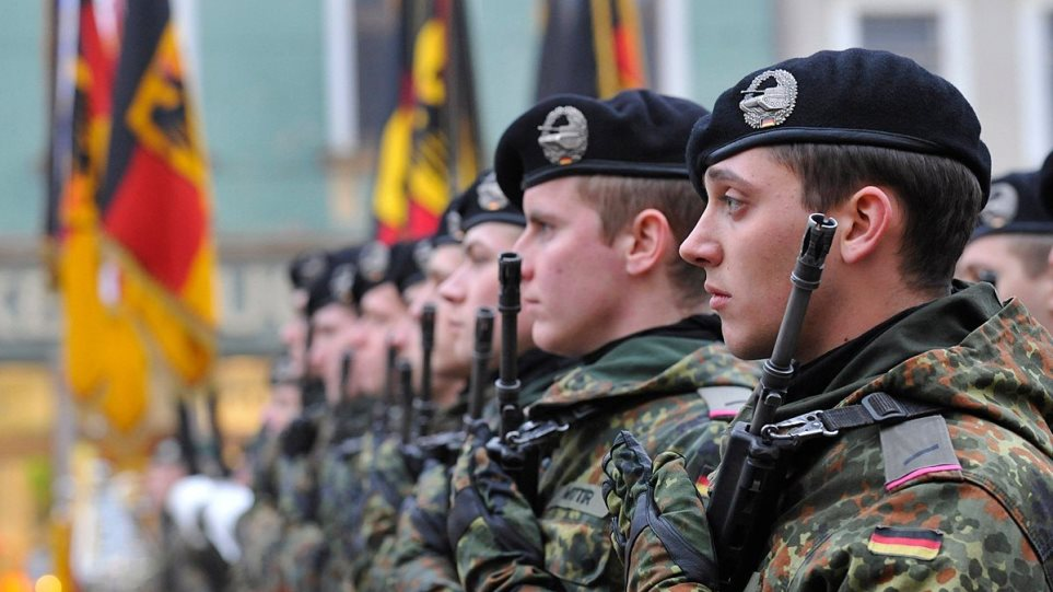 Γερμανία: Υποχρεωτικός ο εμβολιασμός για τους στρατιωτικούς