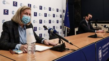 Θεοδωρίδου: Τρεις μύθοι για το εμβόλιο – Οι συχνότερες ανεπιθύμητες αντιδράσεις