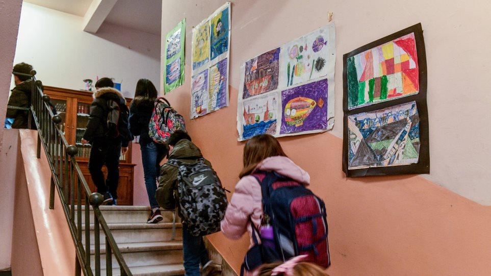 Κορωνοϊός: Σοβαρές οι συνέπειες της πανδημίας και του lockdown στα παιδιά