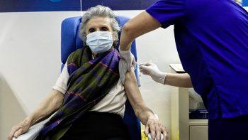 Από τη 12η ημέρα μετά τον εμβολιασμό μειώνεται ο κίνδυνος λοίμωξης