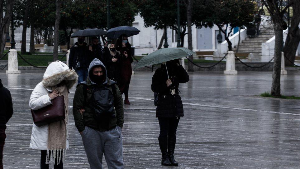 Δημόπουλος: Το κρύο δεν βοήθησε με τα κρούσματα – Προτεραιότητα το άνοιγμα των σχολείων