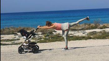 Γυμναστική παντού: Πέντε ασκήσεις που μπορείτε να κάνετε ενώ σπρώχνετε το καρότσι του μωρού