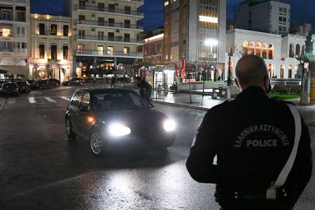 Έξι συλλήψεις και πρόστιμα ύψους 650.000 ευρώ για παραβίαση των μέτρων την Τσικνοπέμπτη