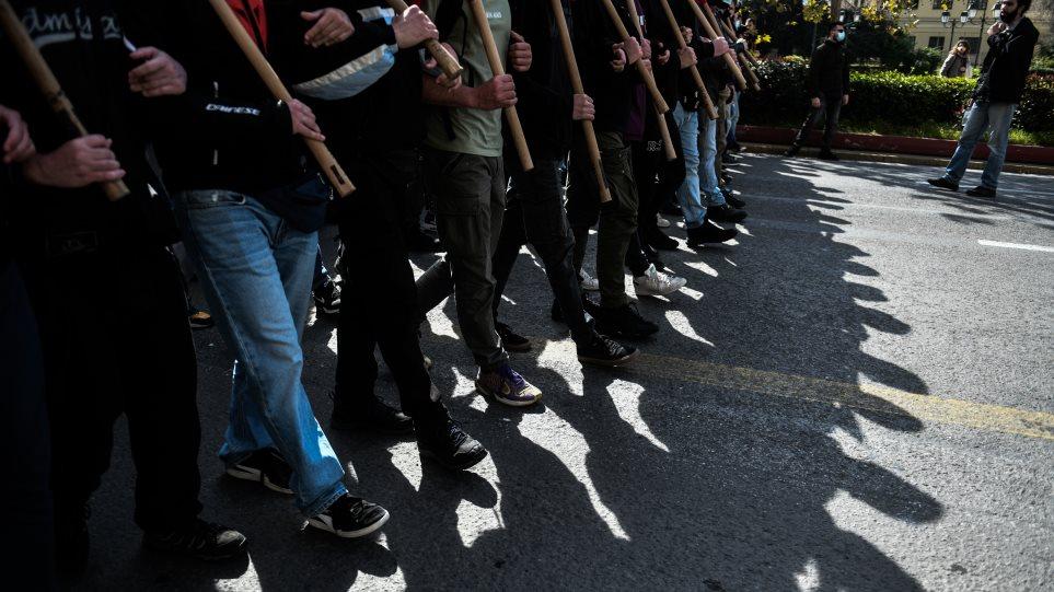 Βασιλακόπουλος: «Δεν μπορεί να μην έχουμε κρεβάτι εντατικής στην Αθήνα και να πηγαίνουμε σε πορείες»