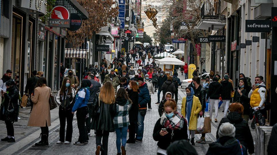 Τι προβλέπουν οι ειδικοί για το Πάσχα – Οι ελπίδες για άνοιγμα του λιανεμπορίου μέσα στο Μάρτιο