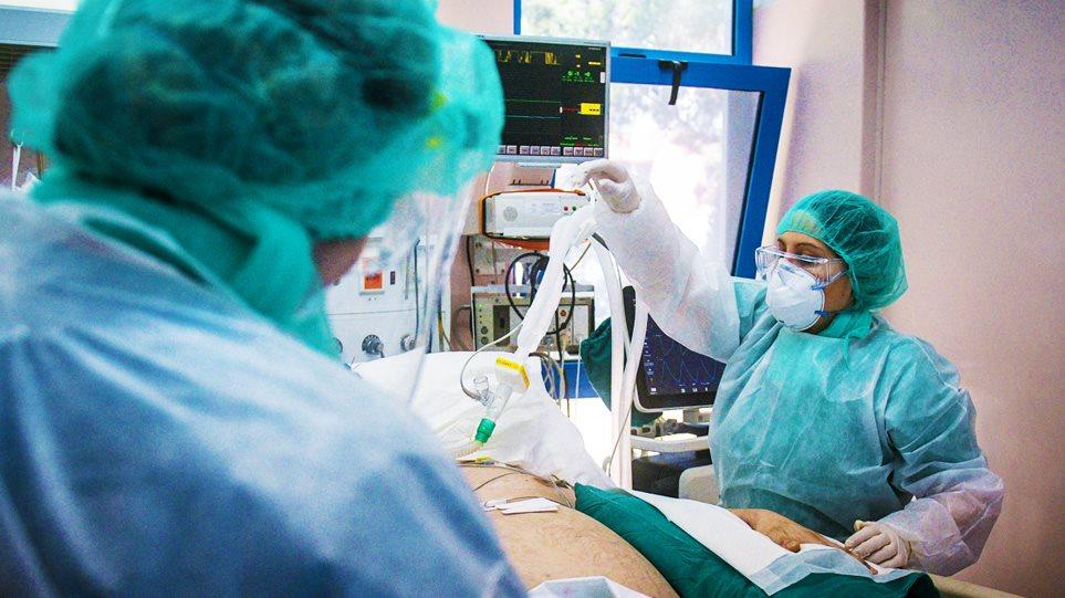 Ασφυκτική πίεση στο ΕΣΥ στην Αττική – Ρεκόρ με 276 εισαγωγές ασθενών το Σάββατο