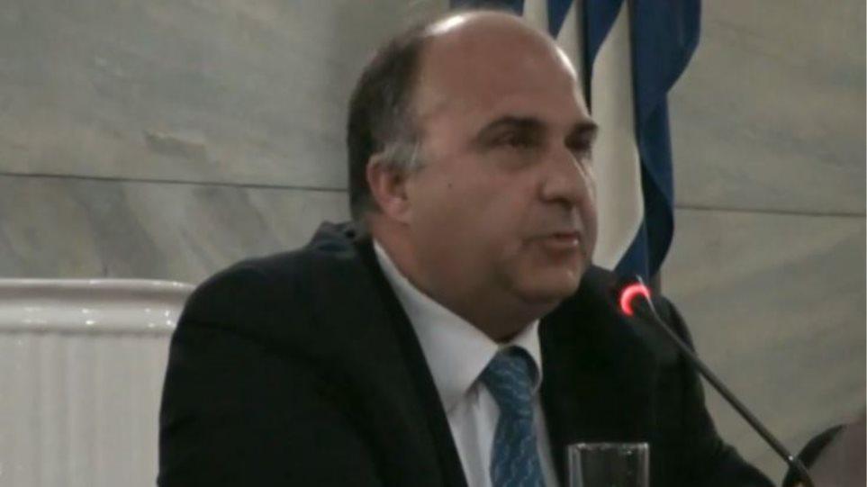 Παραιτήθηκε από την Επιτροπή Φαρμακοεπαγρύπνησης του ΕΟΦ ο Καθηγητής Παναγιώτης Βλαχογιαννόπουλος
