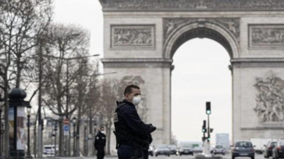 Γαλλία: Ασφυξία στις ΜΕΘ – Αυξάνονται οι νοσηλευόμενοι