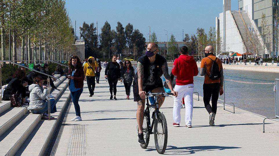 Σχολεία, τουρισμός, μετακινήσεις, SMS: Τα επόμενα βήματα για επιστροφή στην κανονικότητα