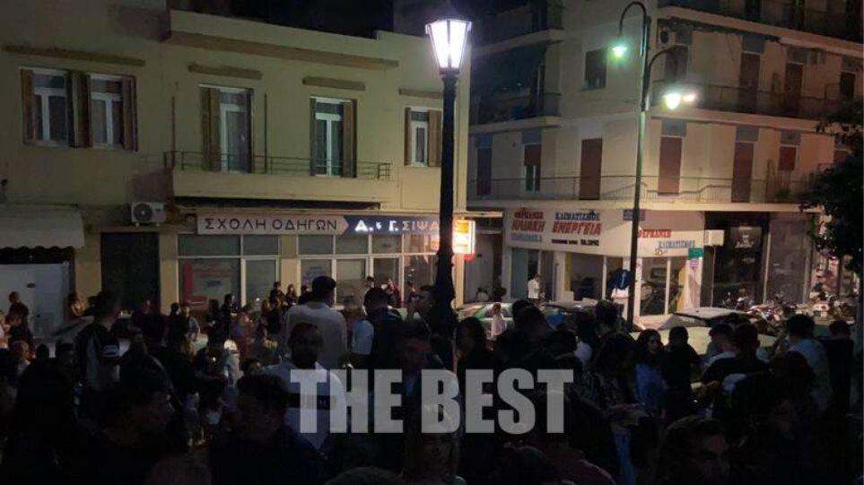 Πάτρα: Έκλεισαν τα μαγαζιά και… γέμισαν οι σκάλες – Ξέφρενο πάρτι στην Παντάνασσα