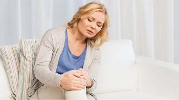 Οστεοαρθρίτιδα: Η βιταμίνη – κλειδί για τον πόνο στα γόνατα