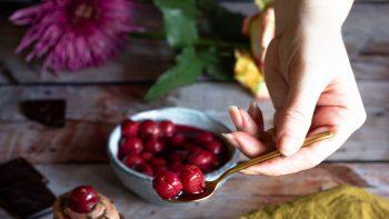 Το αντιοξειδωτικό καλοκαιρινό φρούτο που ωφελεί την καρδιά και βελτιώνει τον ύπνο