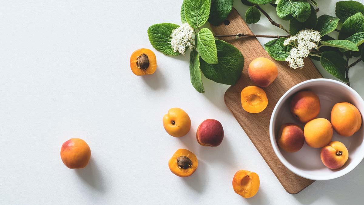 Το καλοκαιρινό φρούτο που βοηθά την πέψη και ενισχύει την άμυνα