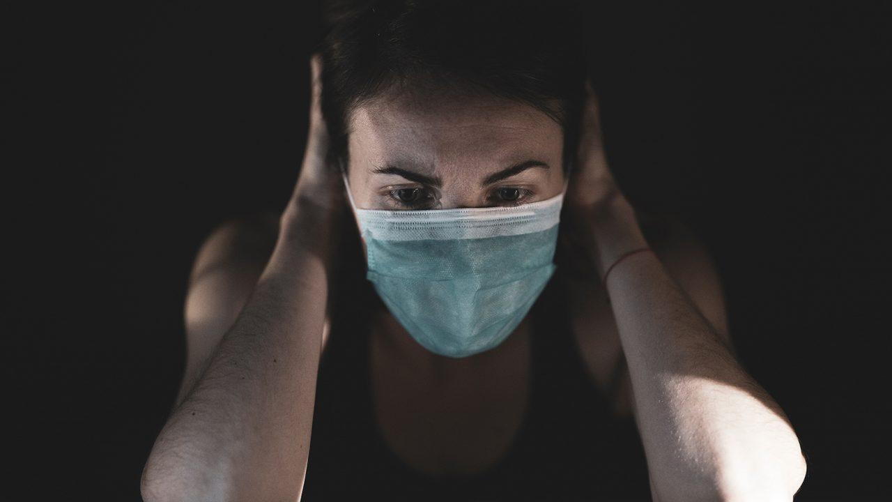 Κορωνοϊός – Συμπτώματα: Ο ένας στους τέσσερις ταλαιπωρείται για μήνες – Ποιοι κινδυνεύουν σοβαρά