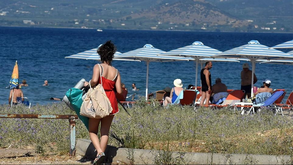 Κορωνοϊός: Στα 2.938 τα νέα κρούσματα – Νότια προάστια και Κρήτη στο «μάτι της μετάλλαξης»