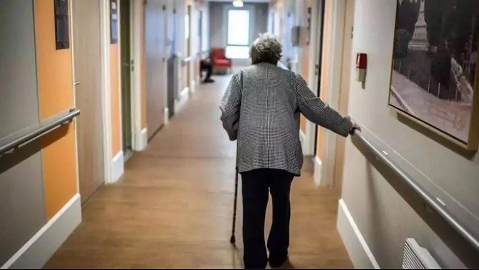 Κορωνοϊός – Βόλος: Πέθανε 96χρονη σε γηροκομείο – Αρνούνται να εμβολιαστούν οι εργαζόμενοι