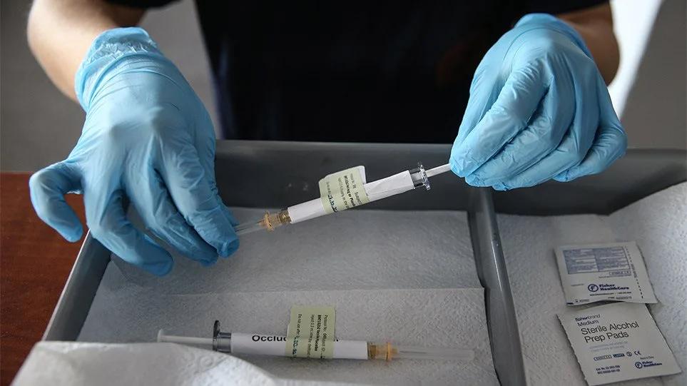 ΗΠΑ: Η αμερικανική ήπειρος αντιμέτωπη με μία πανδημία ανεμβολίαστων