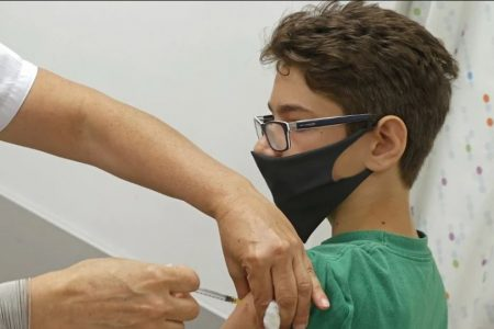 Εμβολιασμοί παιδιών: Τι λένε οι ειδικοί ανά τον κόσμο – Ένα ζήτημα με επιστημονικές και ηθικές προεκτάσεις