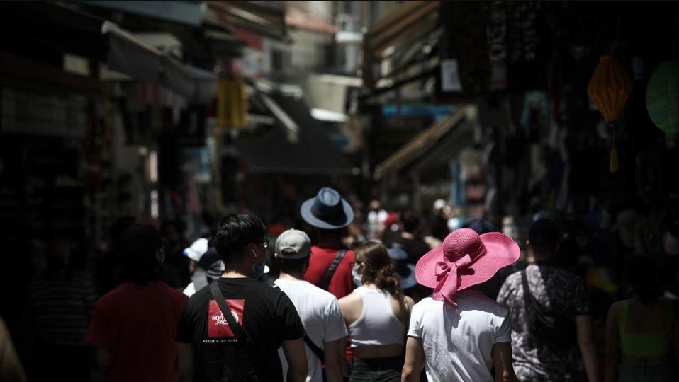 Κορωνοϊός: Τέλος σε μέτρα το καλοκαίρι του 2022 – Πότε θα υπάρξει τείχος ανοσίας