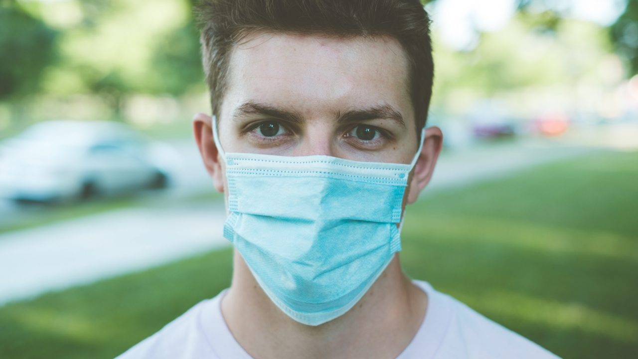 Κορωνοϊός ή Εμβόλια: Ποιο από τα δυο απειλεί την στυτική λειτουργία και την γονιμότητα
