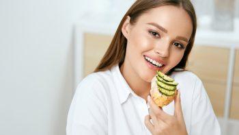 Το φρούτο που διώχνει το λίπος από την κοιλιά – Ένα την ημέρα αρκεί