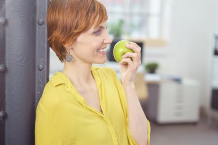 Το αντιοξειδωτικό φρούτο που καταπολεμά το άσθμα και μειώνει τον κίνδυνο διαβήτη