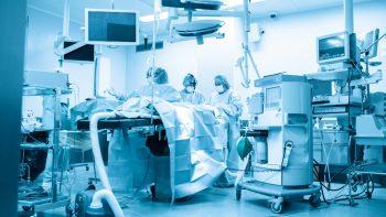 Κορωνοϊός: Διπλά εμβολιασμένοι και βαρύτατα ασθενείς – Γιατί συμβαίνει αυτό