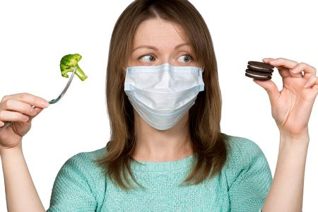 Κορωνοϊός: Η διατροφή που μειώνει κατά 40% τον κίνδυνο σοβαρής νόσου