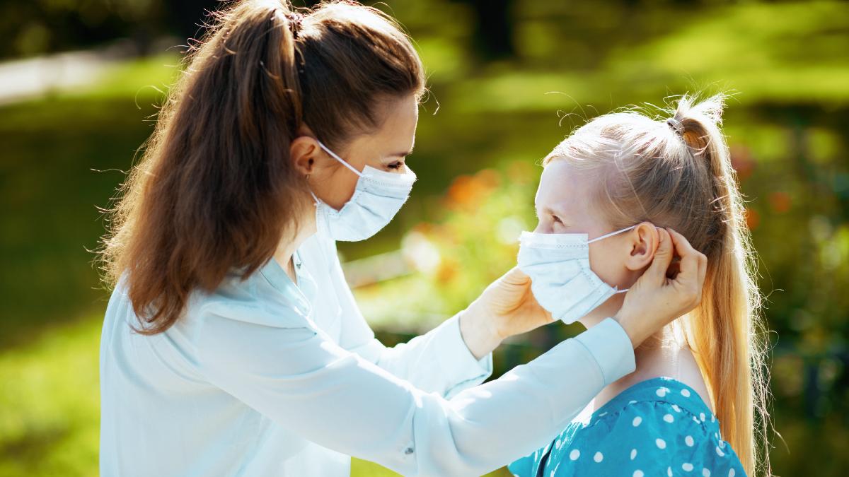 Κορωνοϊός: Πότε θα απαλλαγούμε από τις μάσκες; Έρευνα απαντά