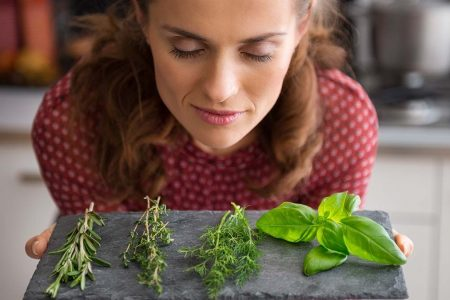 Το αντικαρκινικό αρωματικό βότανο που προστατεύει το ήπαρ